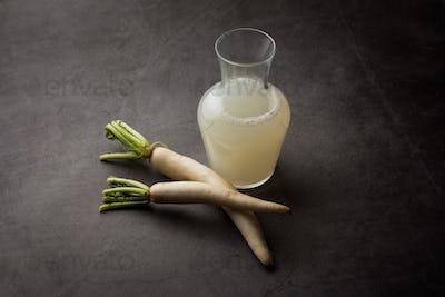 Winter radish juice