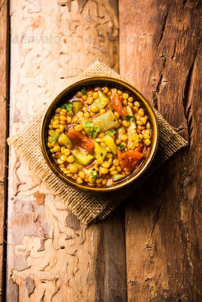Bottle Gourd Gram Curry