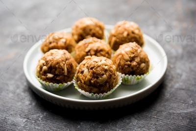 Leftover chapati Laddu or Churma Laddoo is an Indian dessert recipe
