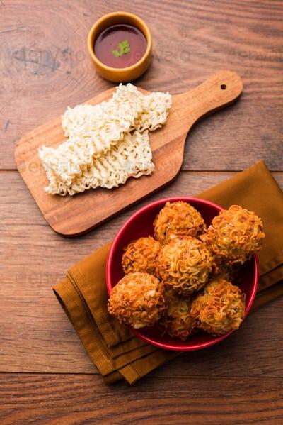 Crispy Noodles Pakora or pakoda or fritter