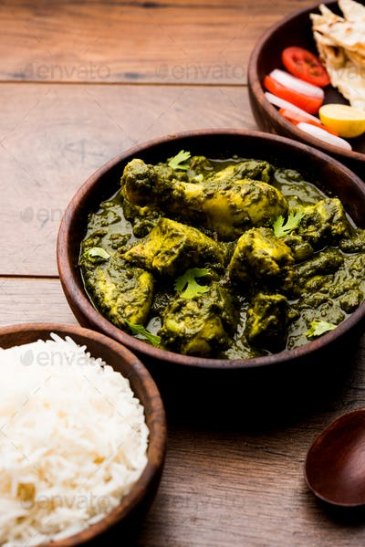 Palak or spinach Chicken or Murg Saagwala is an Indian Non vegetarian recipe