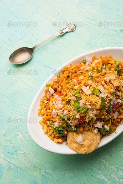 Bhelpuri Chat is a savoury snack, originating from the Indian subcontinent