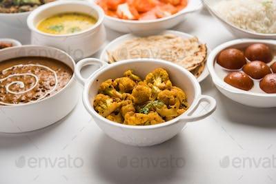 Assorted North Indian Hindu Vegetarian food