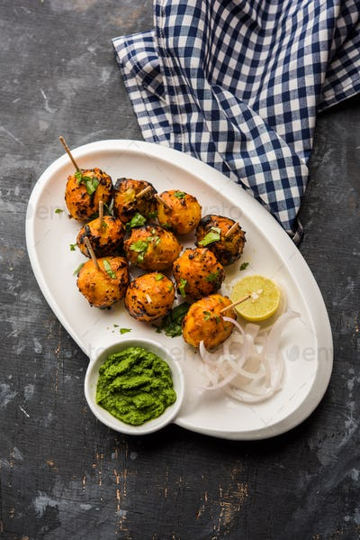 Roasted potatoes known as Tandoori Aloo in India