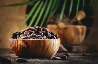 Unpeeled cocoa bean