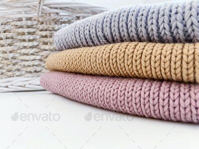 wool colored things