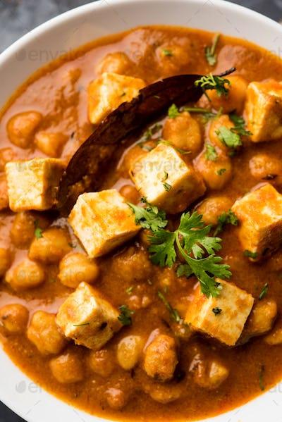 Chole Paneer Curry