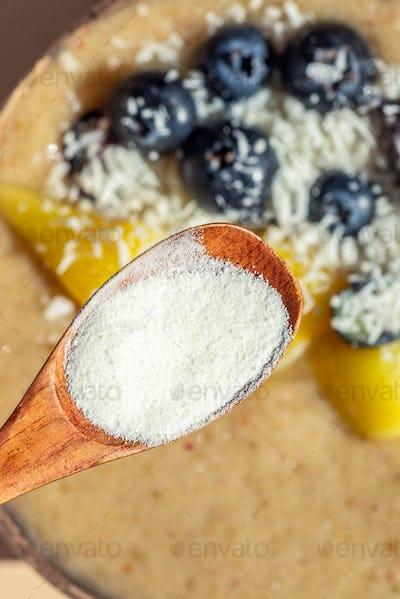 Collagen Powder and Smoothie