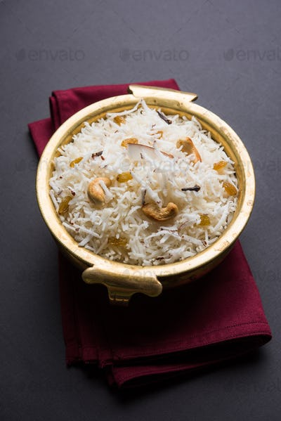 Sweet Coconut Rice Or Narali Bhat