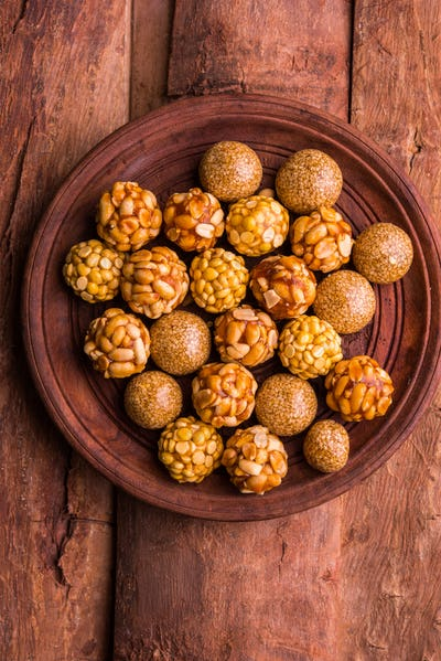 Mixed Healthy Ladoo