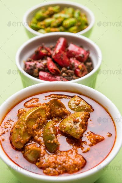 Red/Green Chilli and Mango Pickle