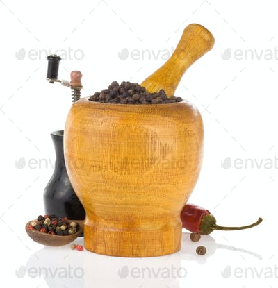 pepper in mortar and pestle