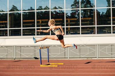 woman athlete runnner