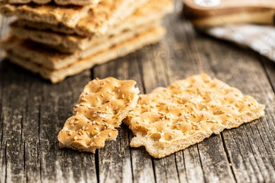 Knackebrot. Wholegrain crispbread with sesame seeds