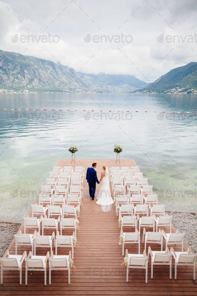 wedding couple at destination wedding ceremony