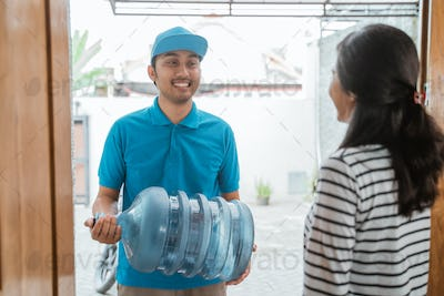 gallon of water deliver to home
