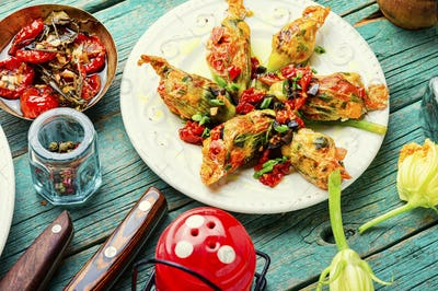 Fried zucchini flowers with filling.