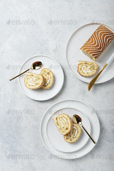 Sweet roll cake with white biscuit