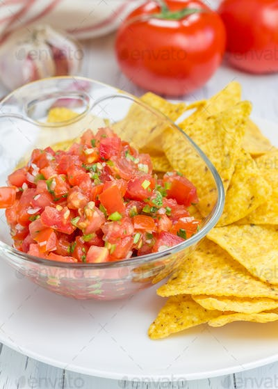 Bowl of fresh homemade salsa with nachos
