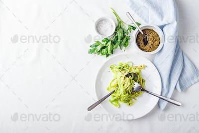 Healthy Zucchini Noddles with pesto