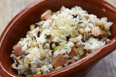 hoppin john: new year traditional food: black eyed pea and rice: southern food