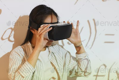 Using virtual reality app for equation solution