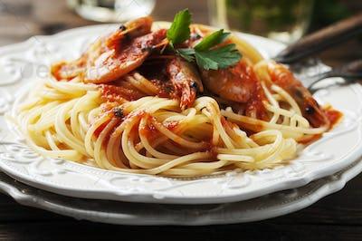 Italian spaghetti with prawns