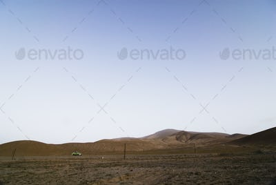 48762,Taxi in Rural Lanscape