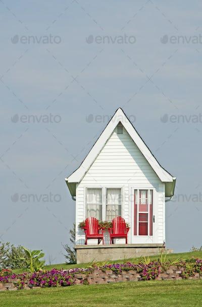 52767,Tiny House Exterior