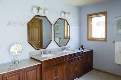 54707,Sinks and mirrors in master bathroom