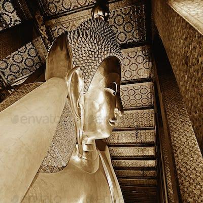 51844,Reclining Buddha Statue
