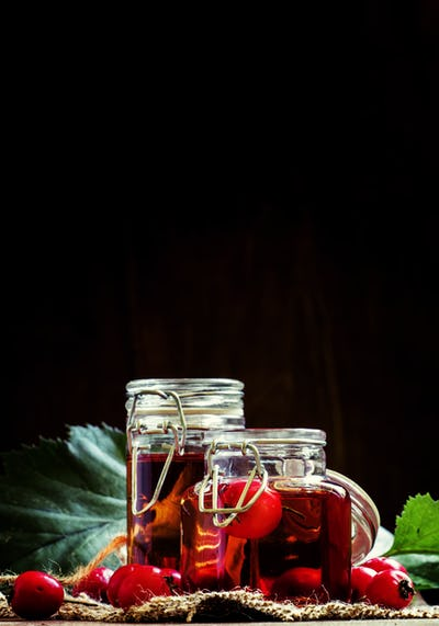 Alcohol tincture of hawthorn berries
