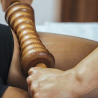 Madero Therapy Massage with Wooden Rolling Pin