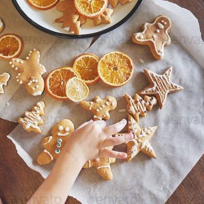 Christmas honey biscuits with orange