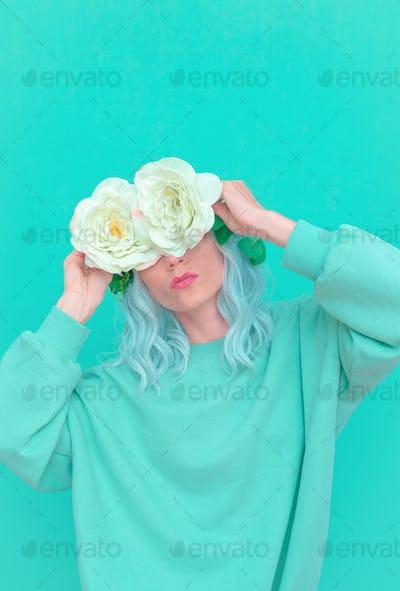 Vanilla casual style. Girl aesthetic. Monochrome color trends. Aqua Menthe