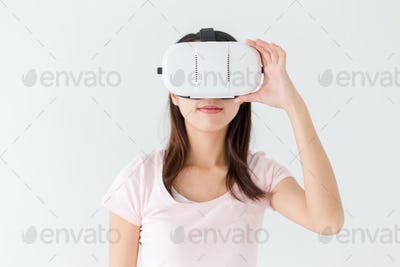 Woman wearing of virtual reality device