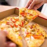 Friend sharing pizza