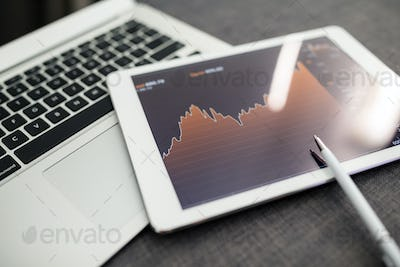Analyzing stock market from a digital tablet