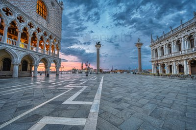 Sunrise at the Piazzetta San Marco and the Palazza Ducale