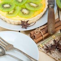 kiwi  pie tart and spices