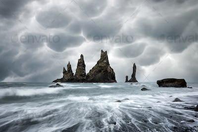 "Basalt rock formations ""Troll toes"""