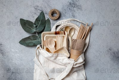 Eco craft paper and wooden tableware.