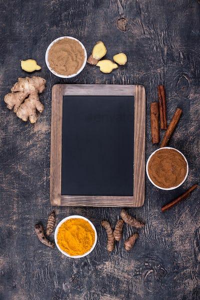 Powder of turmeric, cinnamon and ginger