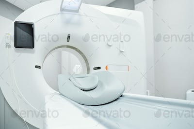 Couchette for patient, screen and other parts of large ultra sound machine