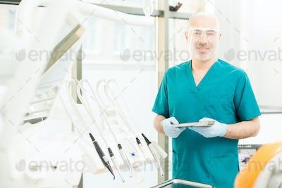 Experienced dentist