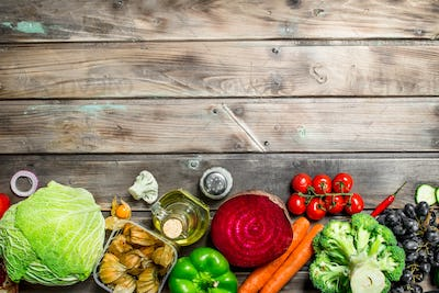 Organic food. Assortment of fresh fruits and vegetables.