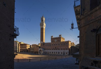 Siena, Piazza del Campo square and Mangia tower. Tuscany, Italy