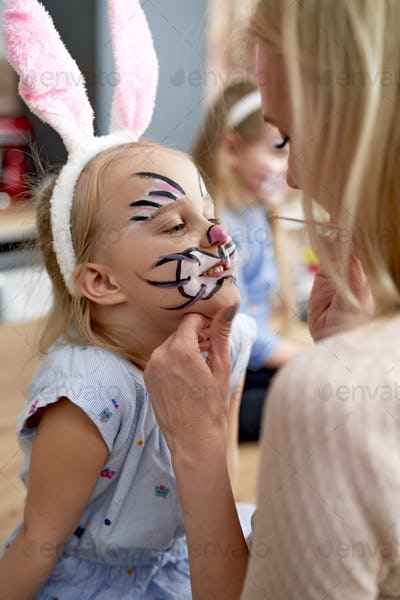 Face painting for little Easter bunny