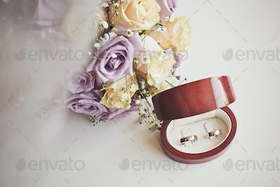 Wedding ring floral set.