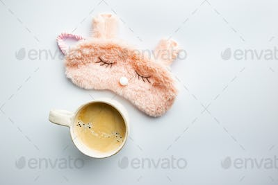 Sleeping mask with coffee